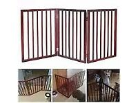 BROWN WOOD FOLDING DOG GATE
