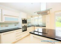 5 bedroom house in Rowsley Avenue, Hendon, NW4