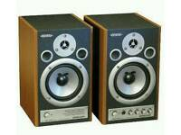 Edirol MA-20D Home Studio Monitor Speakers
