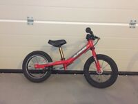 Isla Bikes - Rothan Balance Bike (Red) £95