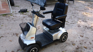 High quality scooter like new