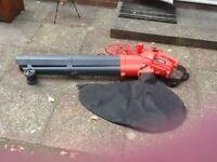 Sovereign 2600W garden Blower/Vac
