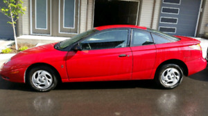 2002 Saturn SC1 sports coupe LOW KMS