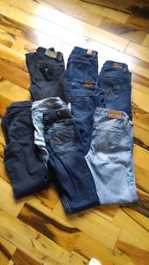 13 Paires de pantalons GUESS ET SILVER