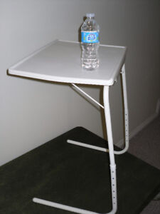 Adjustable and folding TABLE