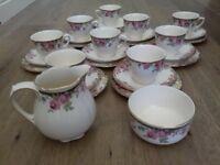 ROYAL DOULTON ' English Rose' 8 piece tea set.