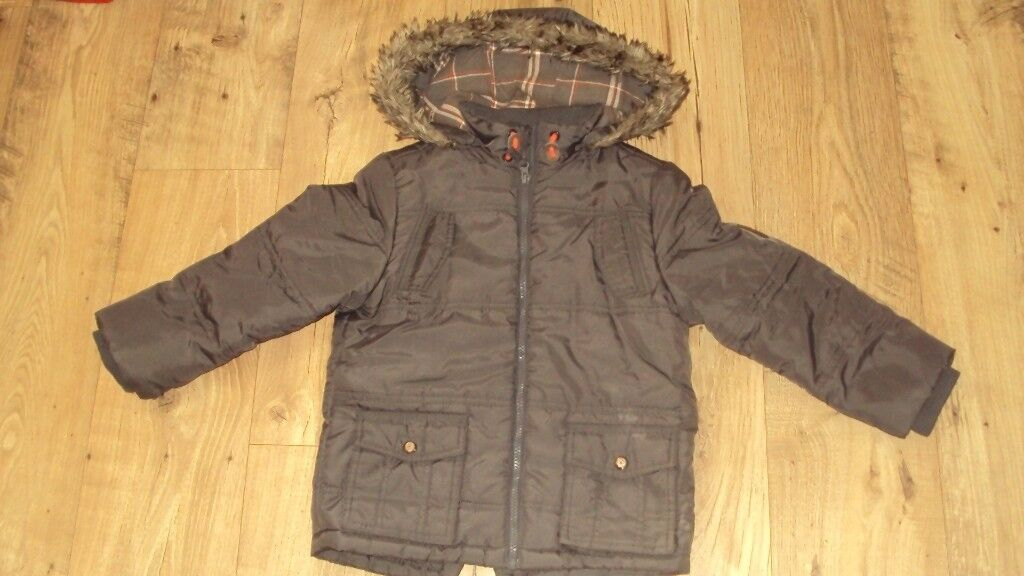 WINTER JACKETS FOR A BOY 6 7 AND 7 8 YEARS OLDin Inverness, HighlandGumtree - Winter jackets for a boy 1. picture for 6 7 years old, 2. picture for 7 8 years old. Excellent condition. No pets and smoke at home. 5 pounds each
