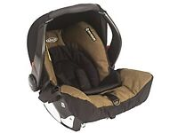 **Excellent Condition** Graco Evo Car seat with base PLUS carrycot- Bargain!