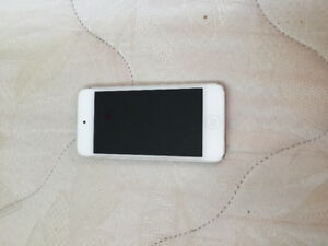iPod Touch 5, 64GB, Silver/White