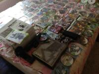Xbox 360 320 GB hdmi cable 2x controllers Kinect and And 111 games