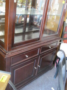 AUCTION HOUSE HOLD FURNITURE