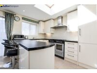 *** 4 Double Bedroom, 2 Reception, 2 Bathroom House With Private Garden Fully Refurbished ***