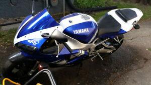 2001 Yamaha R1 Champion Ltd Edition