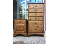 Ducal Pine 3 Drawer Bedside Chest