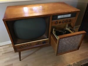 Amazingly cool 1950's electrohome TV radio and record player!