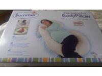 Pre natal and nursing pillow excellent condition