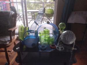 Cage et accessoires pour hamster