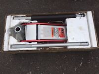 Arcan 2000kg Aluminium and Steel Service Jack - Model HJ2000EU