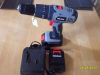 NEW NEW 18V HAMMER DRILL AND 2 BATTERY'S
