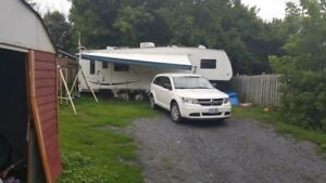 Beautiful fully furnished 5th wheel Camper for Sale