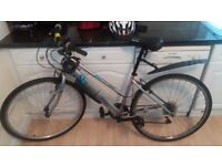 Women's Hybrid Bike and accessories! Great cond. and great price!