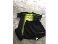 Football puma training kit perfect condition size 7to 8