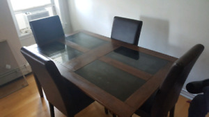 Beautiful Dark Wood Dining Table with 4 Leather Chairs
