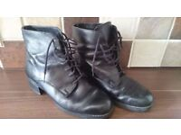 Ankle Boots size 5 in very good condition