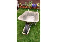 Wheelbarrow. Used bud in full working order.