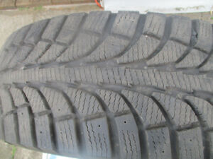 4X WINTER TIRES  225/60/17   NISSAN ROGUE  2015 LIKE NEW