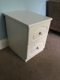 Good Quality White Bedside Cabinet with Two Drawers H22in/56cm W16.5in/42cm D21.5in/55M
