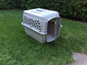 Cage de transport Petmate pour petit ou moyen chien
