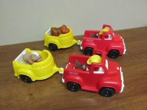 2 Camions avec remorque Fisher-Price + figurines...$5 CHACUN