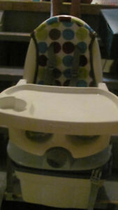 The First Years Deluxe Reclining Feeding Seat, Dots