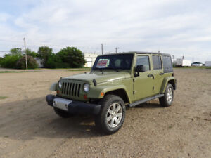 2013 Jeep Wrangler unlimited Loaded  $24900.00 OBO