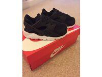 Boys Nike Huarache Run - Black UK 6.5