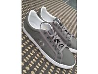 Men's Fred perry casual shoe size 9, really good condition