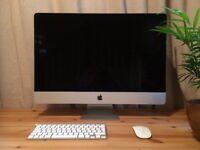 LIKE NEW! 5K iMac 4 Ghz Intel Core i7 8GB Ram 256 GB SSD (Late 2014) (+ Accessories)