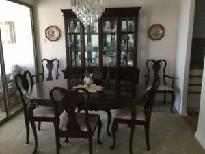 Gibbard Legacy Dining Set With Hutch For Sale