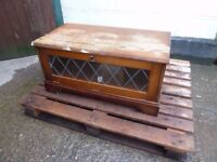 Wood TV unit Stand with Leaded Window Delivery Available £10