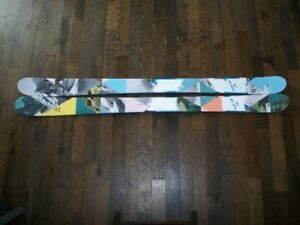 BRAND NEW FISCHER KOA 100 TWIN TIP DOWNHILL SKI