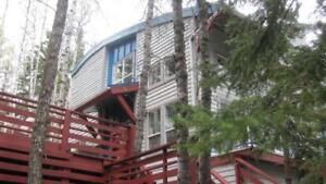 UNISON FIVE STAR UNFURNISHED ACREAGE FOR RENT IN BRAGG CREEK