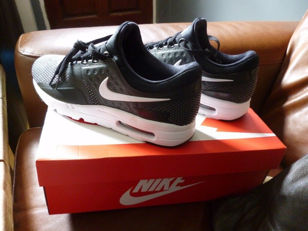 ladies nike air max trainers size 7