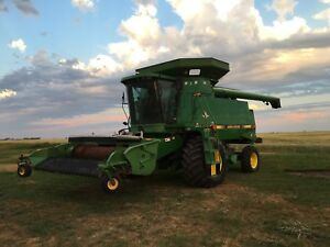 John Deer 9600 / New Holland header