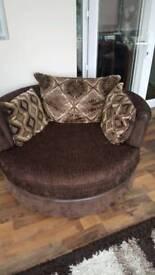 Swivel / Cuddle chair