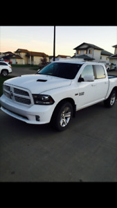 2014 Dodge Power Ram 1500 Sport Crew Cab Pick Up Truck