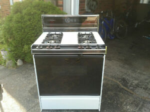Propane kitchen stove for cottage or camp