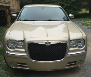 2010 Chrysler 300-Series Sedan