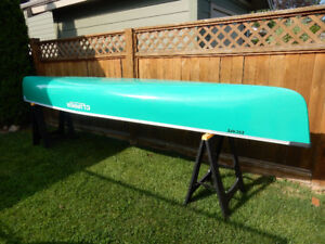 Clipper 'Escape' Canoe - only 15 Hrs Water Time