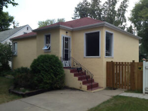 Avail. Aug. 1st: Upstairs/Main suite of house on Munroe Ave